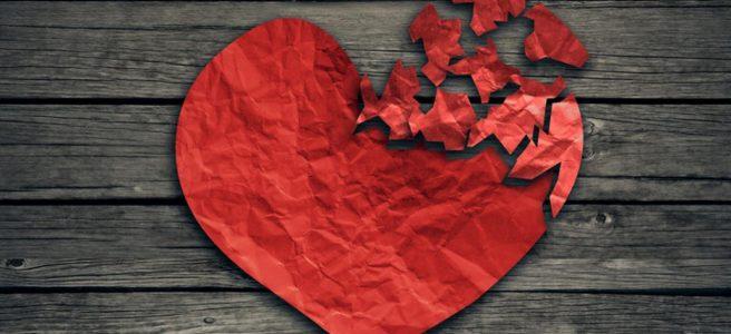 Red heart, broken, jigsaw, fidelity. See more at www.diywoman.net